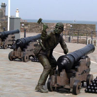 John Paul Jones men spike the shore guns at Whitehaven