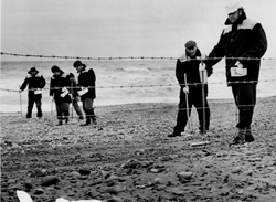 Monitoring the beach for radioactivity 1984